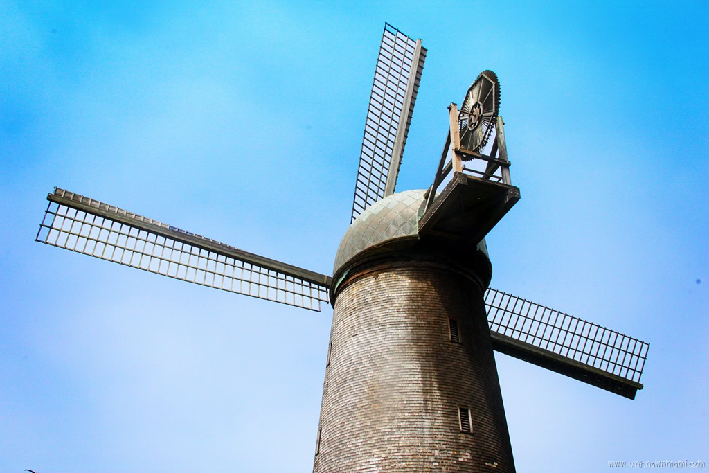 Chasing Windmills (Sundays In My City)