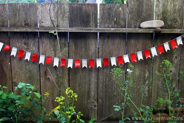 DIY bunting for the fourth of Junly