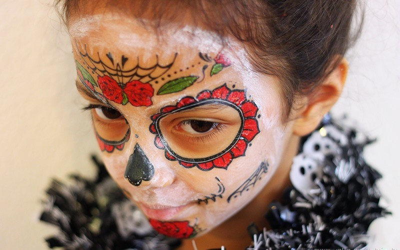 Easy Day of the Dead Catrina Makeup Cheat