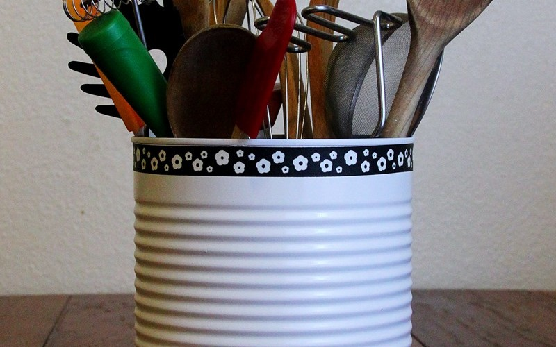DIY: Tin Can Utensil Holder