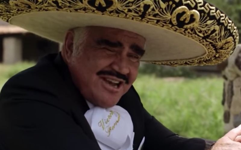 Vicente Fernandez Wants Hillary Clinton to Be President