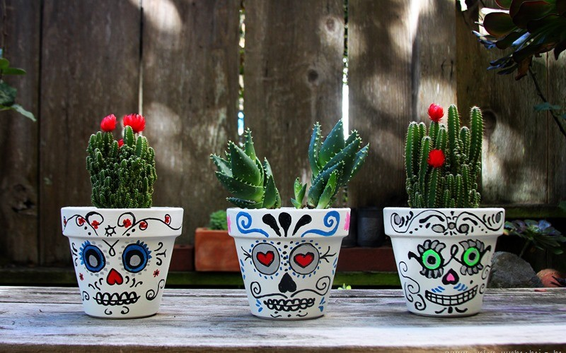 DIY: Day of the Dead Sugar Skull Planters