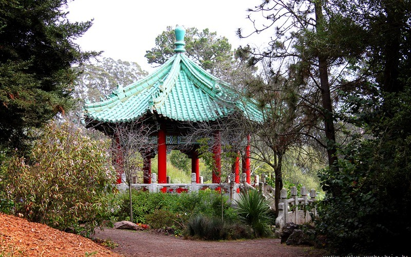 Chinese Pavilion at Stow Lake (Sundays In My City)