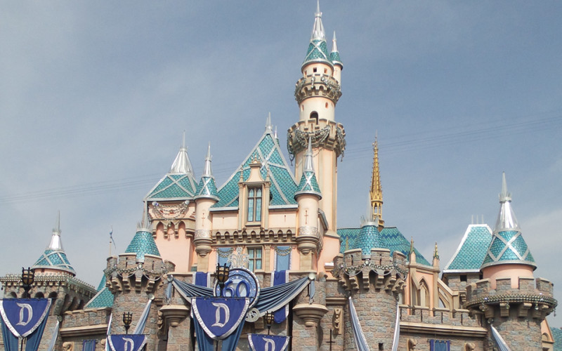 You Don't Have to Be a Disney Fanatic to Love Disneyland (Sundays In My City)